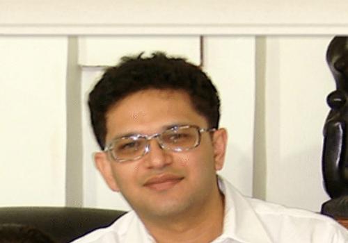 Dr Kiran Naik | Best doctors in India