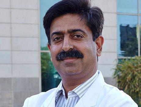 Dr Neeraj Sanduja | Best doctors in India